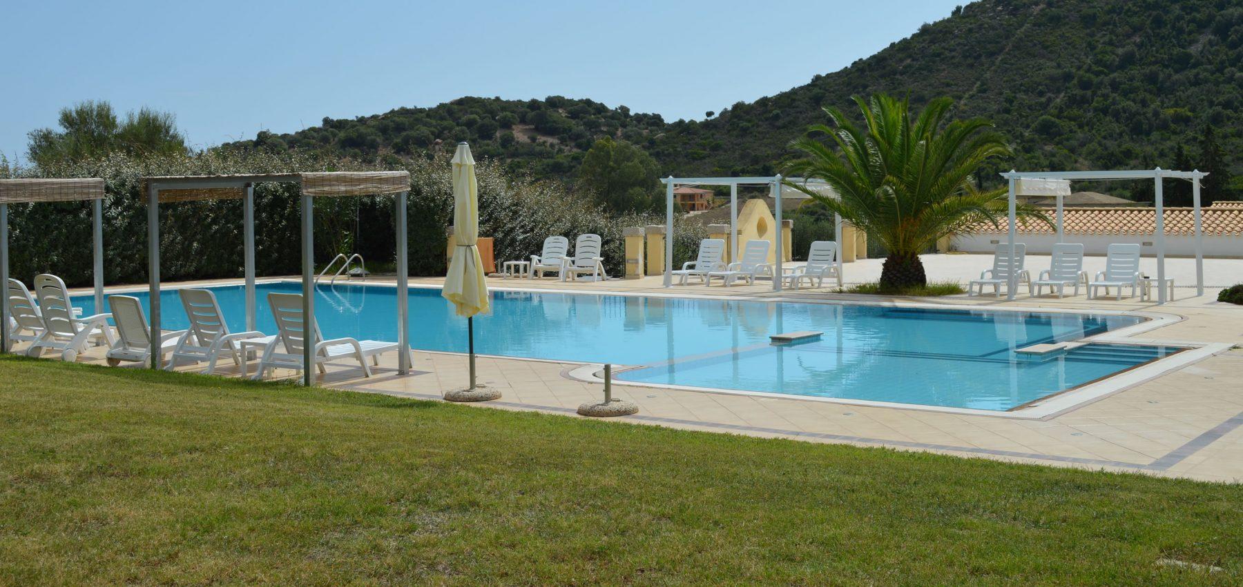 hotel-cardedu-ogliastra-sardegna-la-piscina3