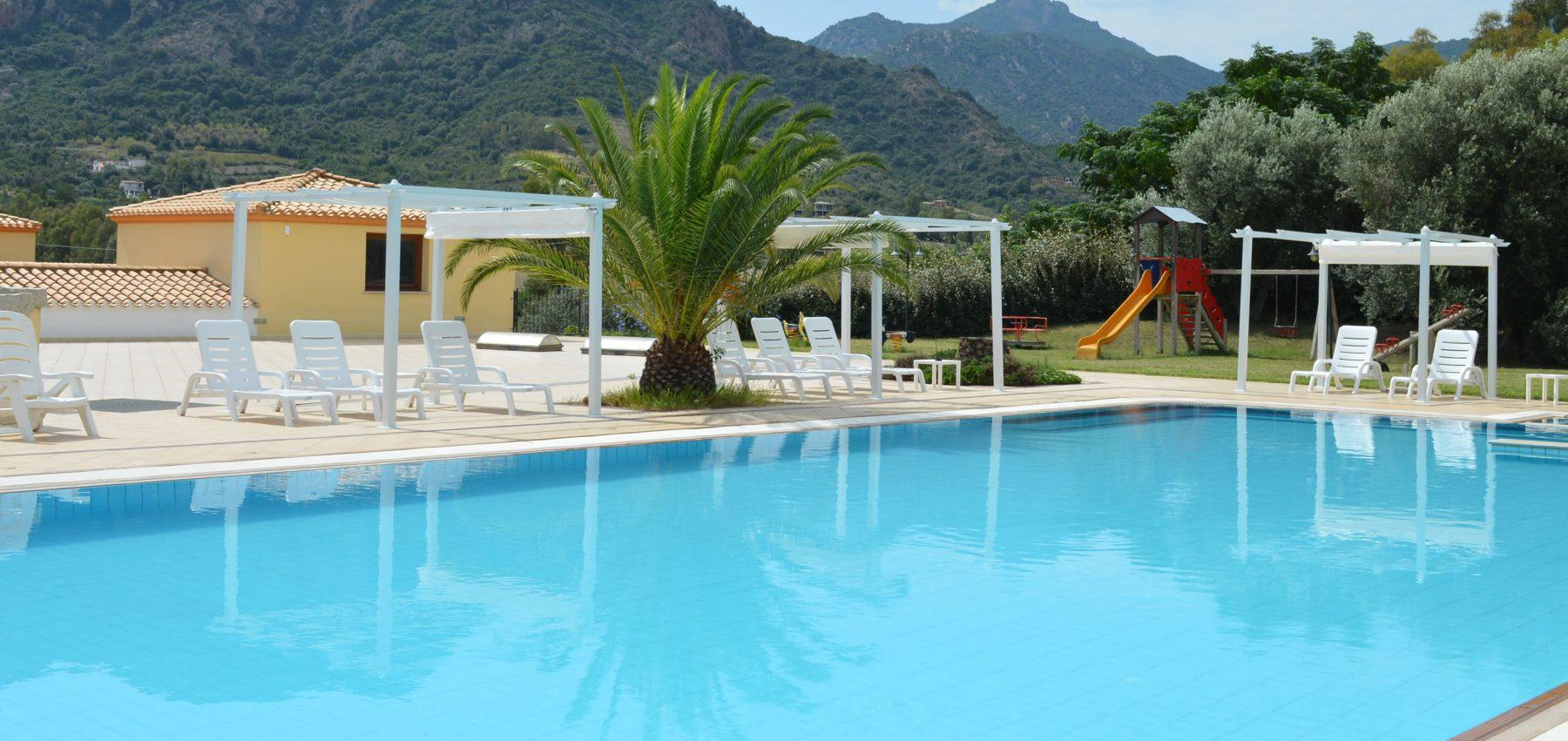 hotel-cardedu-ogliastra-sardegna-la-piscina4
